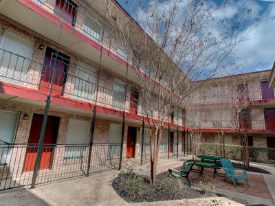 Resolute-Properties-2207-Leon-Place-Condos_16
