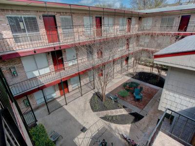 Resolute-Properties-2207-Leon-Place-Condos_7